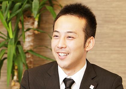 橋倉 理人
